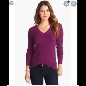⭐️ Lord&taylor extra fine merino wool sweater M